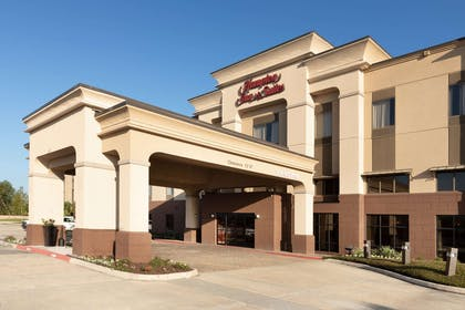 Exterior | Hampton Inn & Suites Baton Rouge - I-10 East