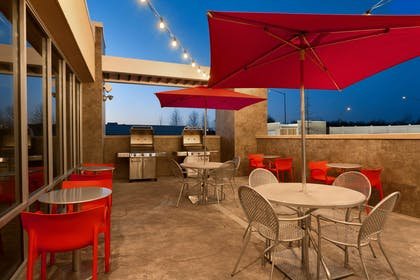 Restaurant | Home2 Suites by Hilton Baltimore / Aberdeen, MD
