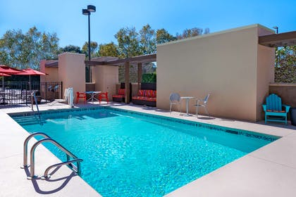 Pool | Home2 Suites by Hilton Charleston Airport/Convention Center, SC