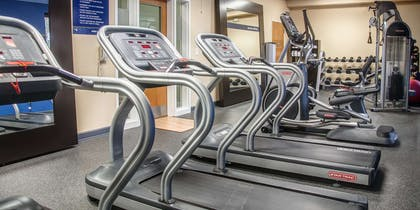 Health club | Hampton Inn Charleston - Daniel Island