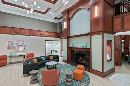 Lobby | Homewood Suites by Hilton Cleveland-Beachwood