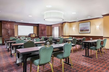 Meeting Room | Hampton Inn & Suites Cleveland-Beachwood
