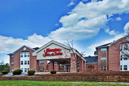 Exterior | Hampton Inn & Suites Cleveland/Independence