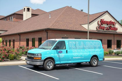 Exterior | Hampton Inn & Suites Cleveland-Airport/Middleburg Heights