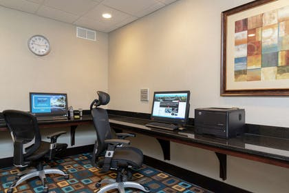 Business Center | Hampton Inn & Suites Cleveland-Airport/Middleburg Heights