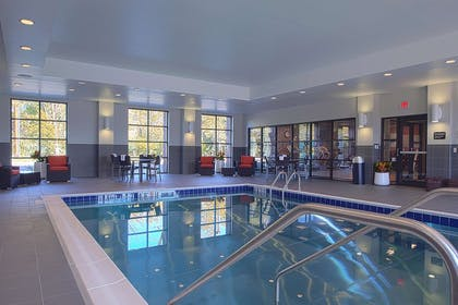 Pool | Hampton Inn & Suites Columbus/University Area