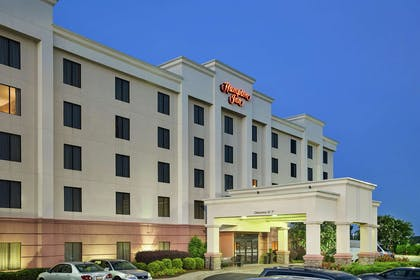 Exterior | Hampton Inn Columbus-North