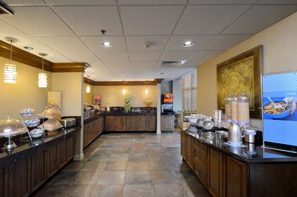 Restaurant | Hampton Inn & Suites Carson City