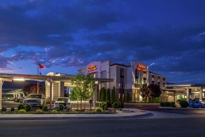 Exterior | Hampton Inn & Suites Carson City