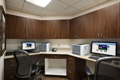 Business Center | Hampton Inn & Suites Conroe - I-45 North