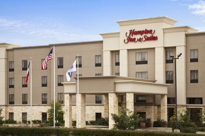 Exterior | Hampton Inn & Suites Conroe - I-45 North
