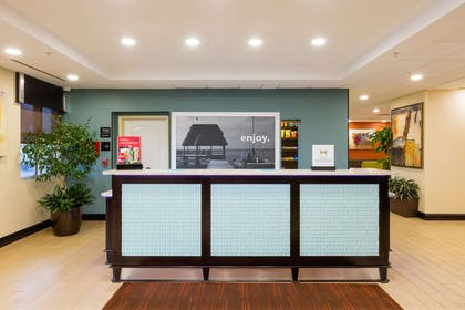 Reception | Hampton Inn Daytona Beach/Beachfront