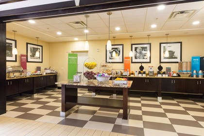 Restaurant | Hampton Inn Daytona Beach/Beachfront