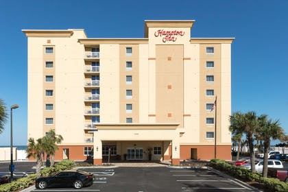 Exterior | Hampton Inn Daytona Beach/Beachfront