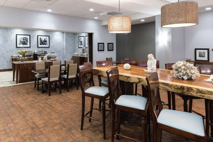 Restaurant | Hampton Inn New Smyrna Beach