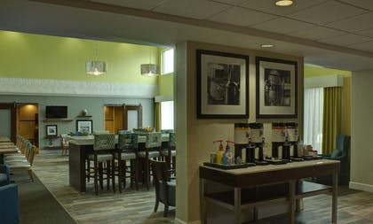 Restaurant | Hampton Inn & Suites Palm Coast