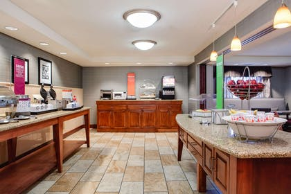 Restaurant | Hampton Inn Dubuque