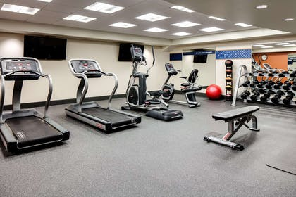 Health club | Hampton Inn Dubuque