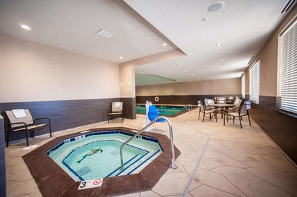 Pool | Hampton Inn Fort Morgan