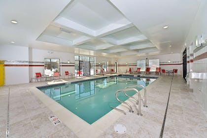 Pool | Hampton Inn Detroit/Auburn Hills South