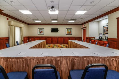 Meeting Room | Hampton Inn and Suites Detroit/Chesterfield Township