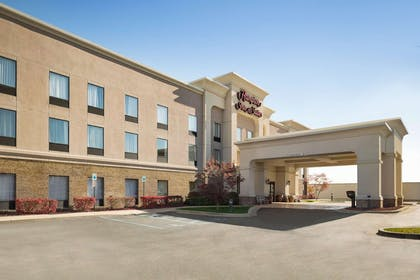 Exterior | Hampton Inn & Suites Detroit/Sterling Heights