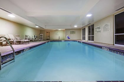 Pool | Hampton Inn & Suites El Paso West