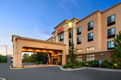 Exterior | Hampton Inn & Suites Fairbanks
