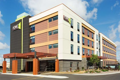 Exterior | Home2 Suites by Hilton Fargo, ND