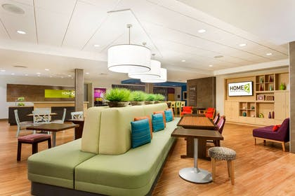 Lobby   Home2 Suites by Hilton Fargo, ND