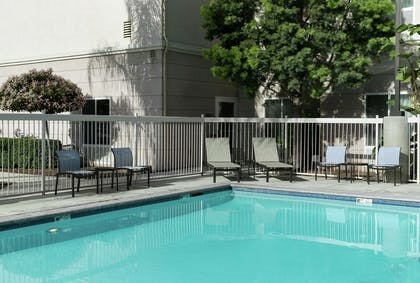 Pool | Homewood Suites by Hilton Fresno Airport/Clovis, CA