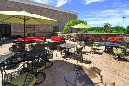 Exterior | Embassy Suites by Hilton Fayetteville Fort Bragg