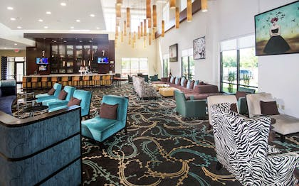 Lobby | Embassy Suites by Hilton Fayetteville Fort Bragg