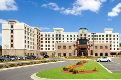 Exterior   Embassy Suites by Hilton Fayetteville Fort Bragg