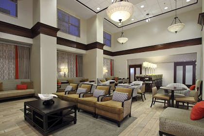 Reception | Hampton Inn & Suites Florence-Downtown