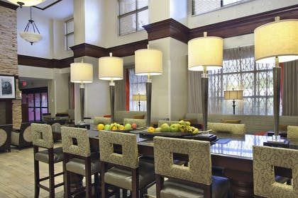 Restaurant | Hampton Inn & Suites Florence-Downtown