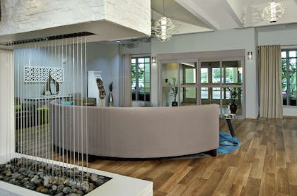 Lobby | Homewood Suites by Hilton Ft. Lauderdale Airport-Cruise Port