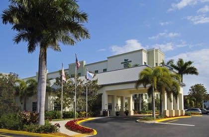 Exterior | Homewood Suites by Hilton Ft. Lauderdale Airport-Cruise Port