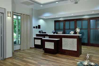 Reception | Homewood Suites by Hilton Ft. Lauderdale Airport-Cruise Port