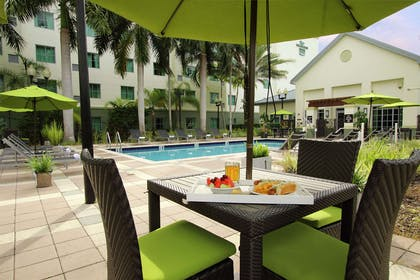 Pool | Homewood Suites by Hilton Ft. Lauderdale Airport-Cruise Port