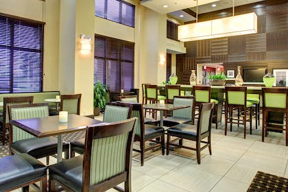 Reception | Hampton Inn & Suites Ft. Lauderdale West-Sawgrass/Tamarac, FL