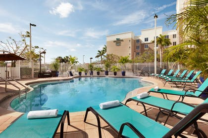 Pool | Homewood Suites by Hilton Fort Myers Airport/FGCU