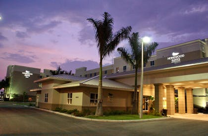 Exterior | Homewood Suites by Hilton Fort Myers Airport/FGCU