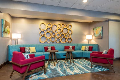 Lobby | Hampton Inn & Suites Fort Myers-Colonial Blvd.