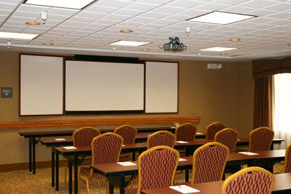 Meeting Room | Hampton Inn & Suites Fremont