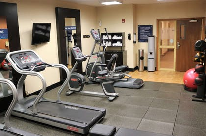 Health club | Hampton Inn & Suites Fremont