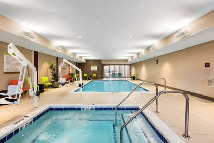 Pool | Home2 Suites by Hilton Sioux Falls/ Sanford Medical Center, SD