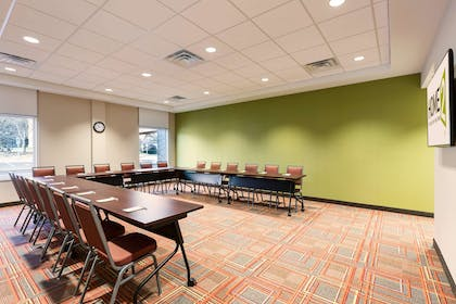 Meeting Room | Home2 Suites by Hilton Sioux Falls/ Sanford Medical Center, SD
