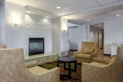 Lobby | Homewood Suites by Hilton Ft. Worth-North at Fossil Creek