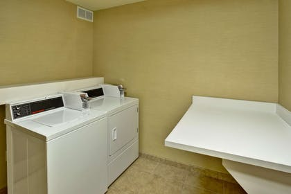 Property amenity | Hampton Inn Ft. Wayne/Dupont Road